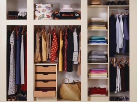 Учитесь выбирать свои мысли, как выбираете в шкафу одежду каждый день.