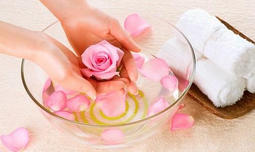 Ванночки для ногтей: ускоряем рост